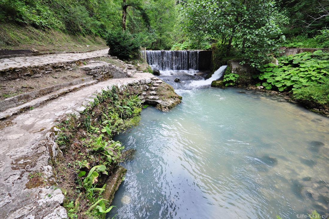 Новый Афон тропа к келье Симона Кананита Абхазия