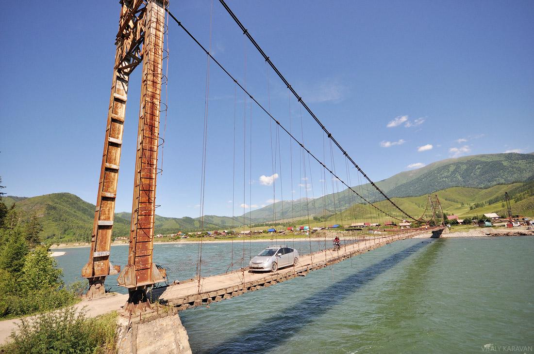Тюнгур. Деревянный мост через Катунь