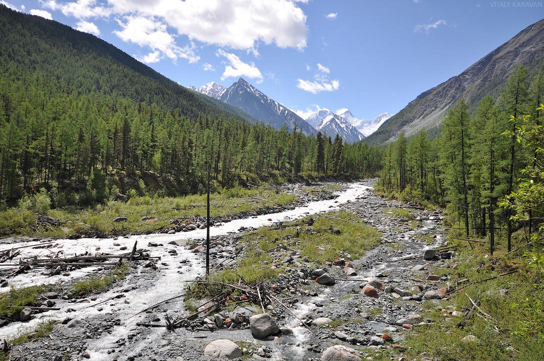 Алтай обзорная площадка на реке Аккем на Белуху