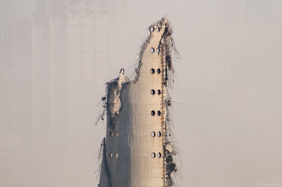 Снос легендарной башни в Екатеринбурге