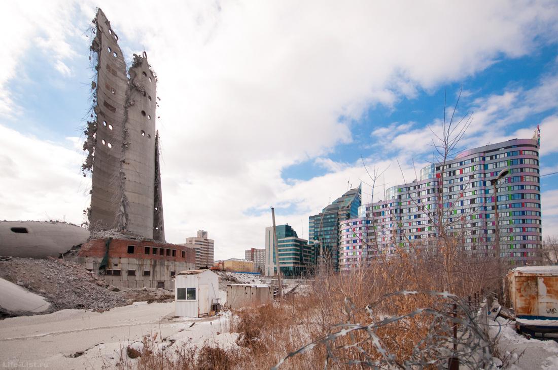 Обрушение заброшенной башни в Екатеринбурге