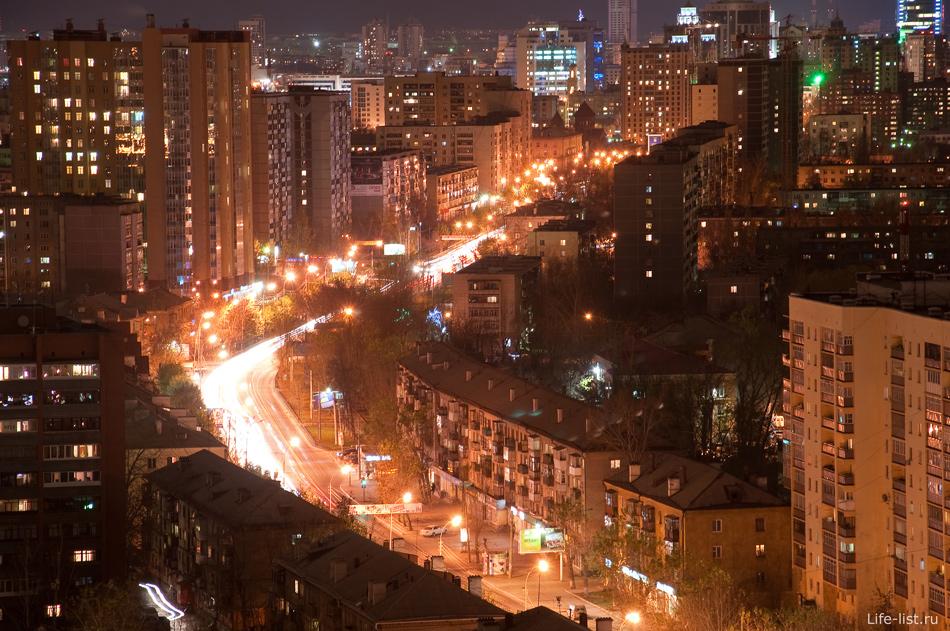 Ночной Екатеринбург фото Виталия Каравана улица Белинского