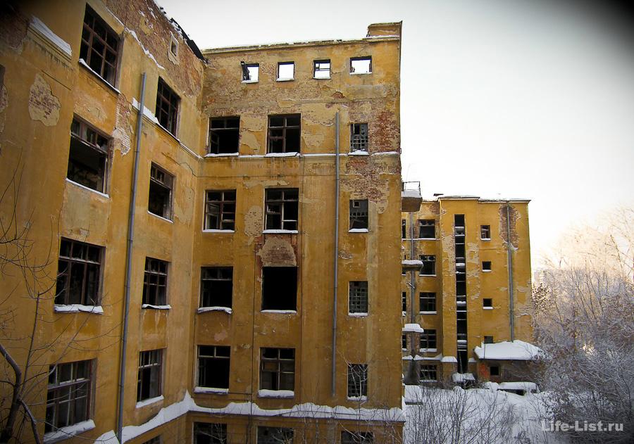 Урбантрип фото Виталий Караван Больница заброшенная