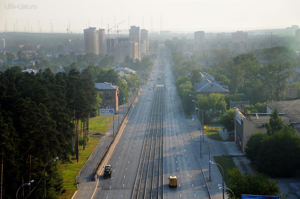 Утренний Уралмаш. Улица Бакинский Комиссаров Екатеринбург фото