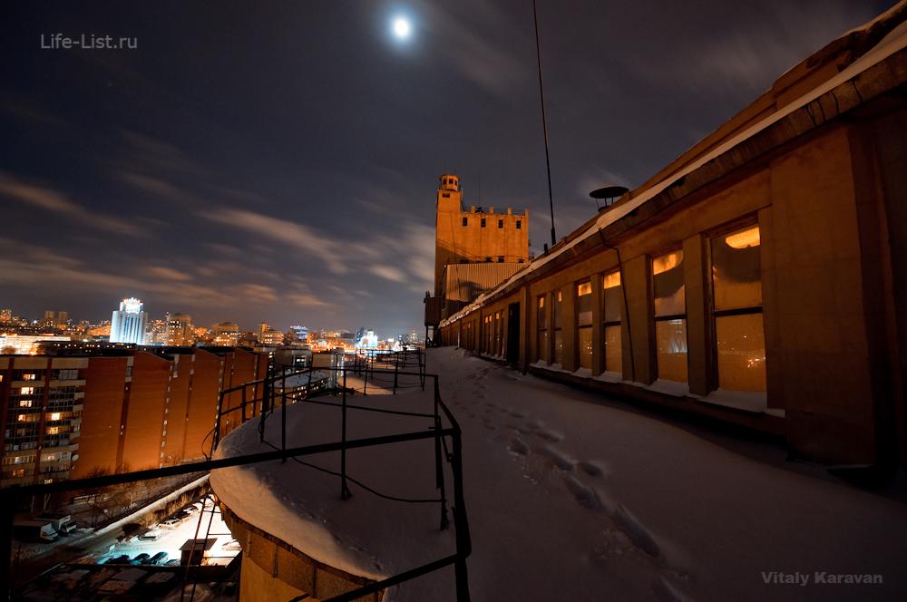 Екатеринбургский мукомольный завод ЕМЗ фотограф Виталий Караван ночное фото