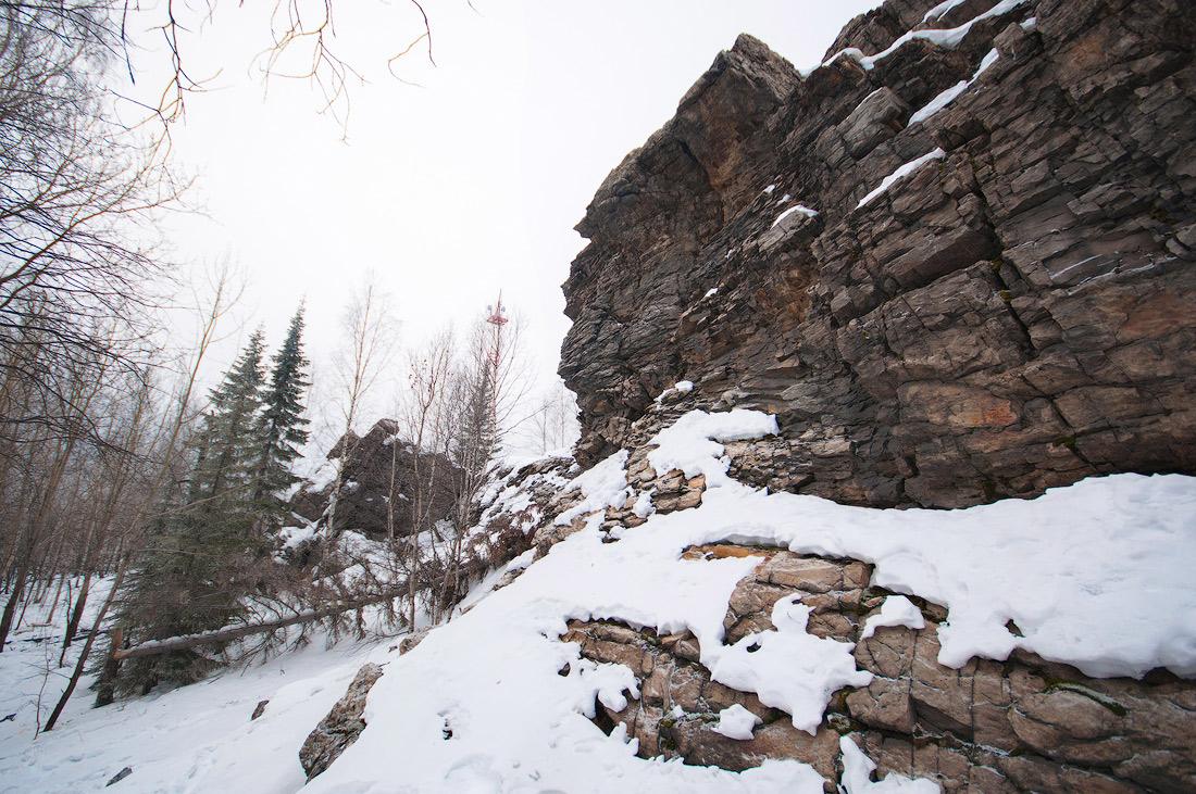 скалы на горе Караульная в Первоуральске