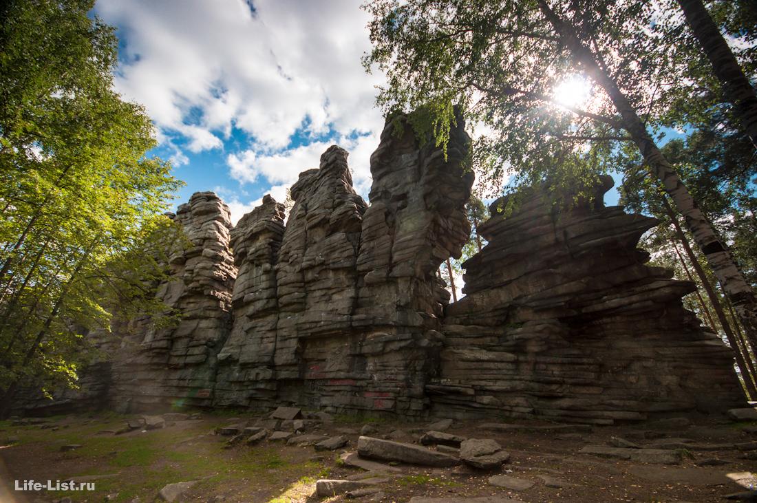 красивые фото скалы Чертов Городище  фото Виталий Караван