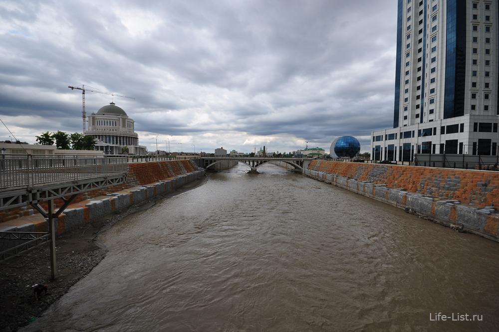 Набережная реки Сунжи фото Грозный