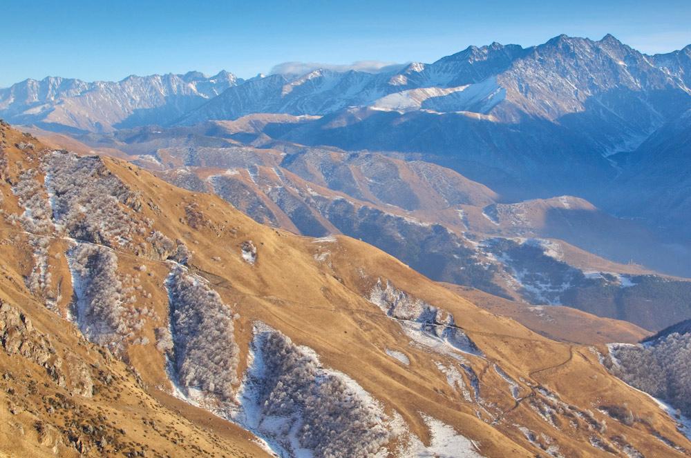 фото горный кавказ ингушетия вид со столовой горы фото Vitaly Karavan