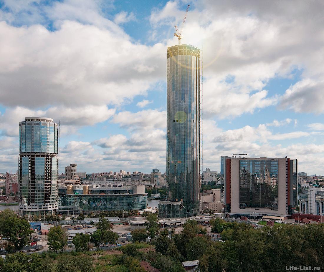 август 2014 этапы строительства башни Исеть в Екатеринбурге фото Виталий Караван