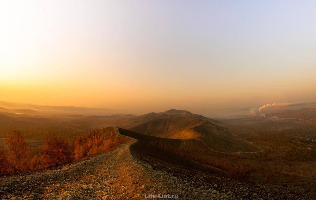 Поклонная гора Карабаш красивое фото Виталий Караван