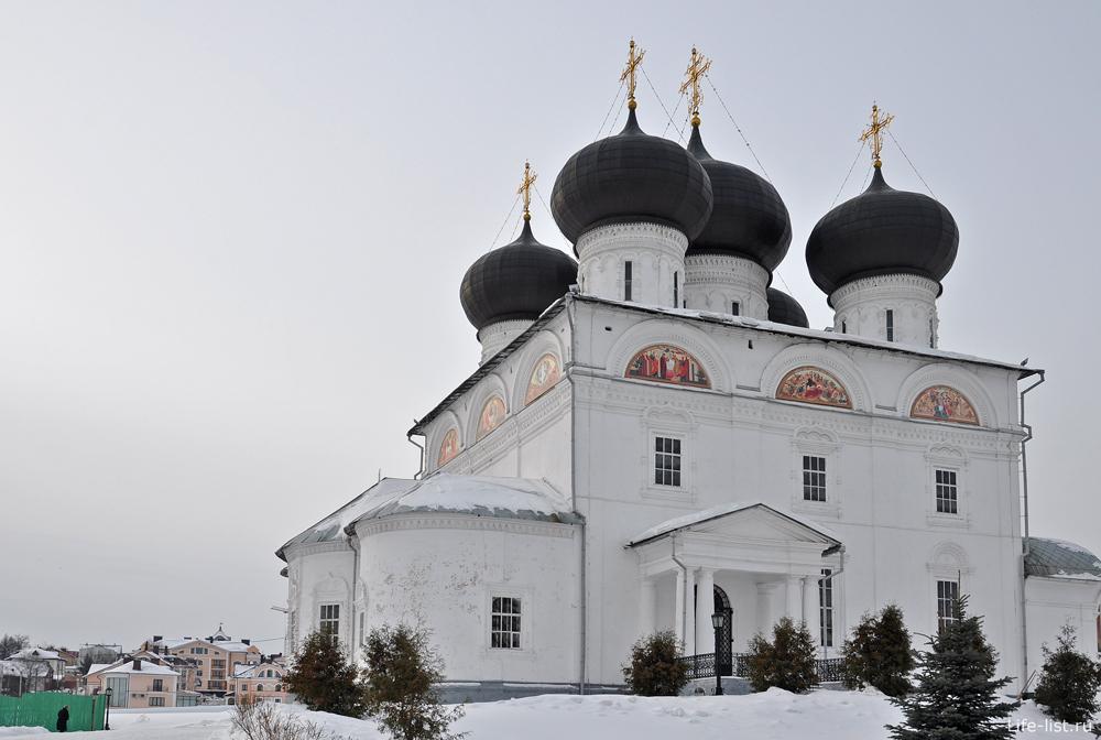 Трифонов монастырь Кафедральный собор Киров