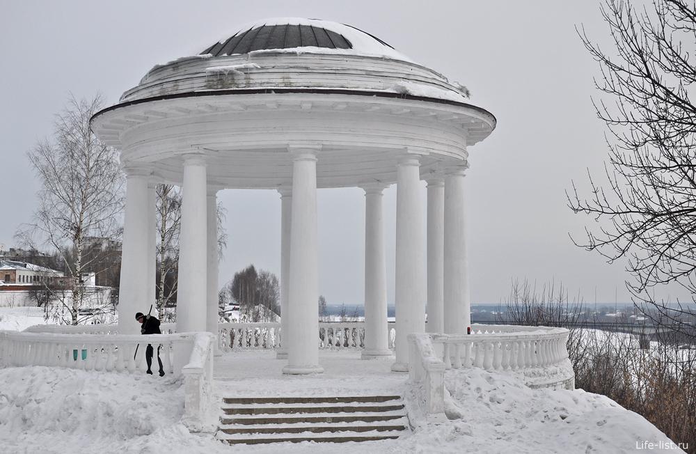 Киров ротонда