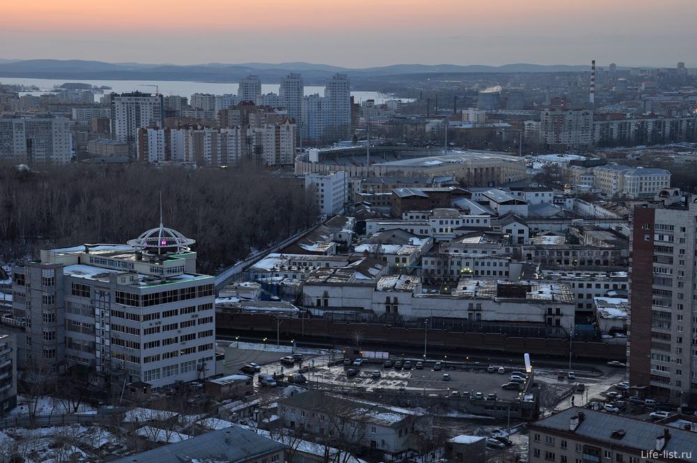 Здания Екатеринбурга с птичьего полета