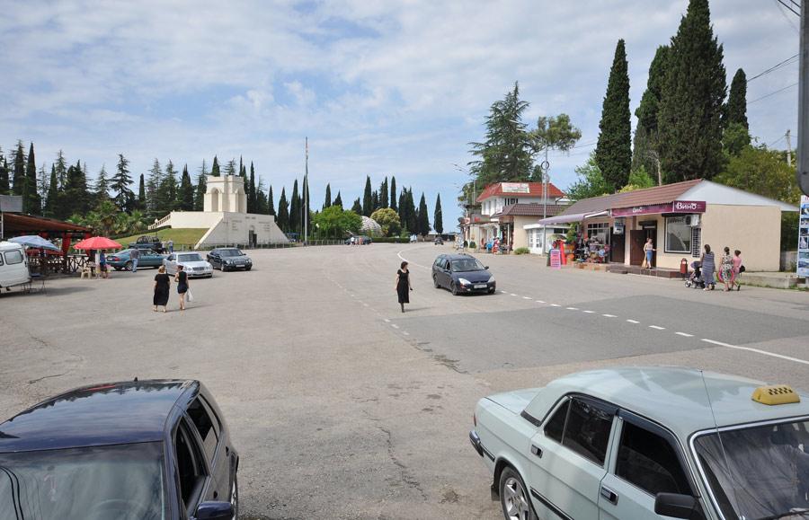 Площадь героев в Новом Афоне Абхазия 2018г