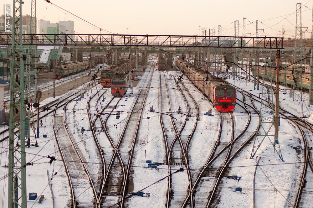 железная дорога вокзал в Новосибирске фотография Виталия Каравана