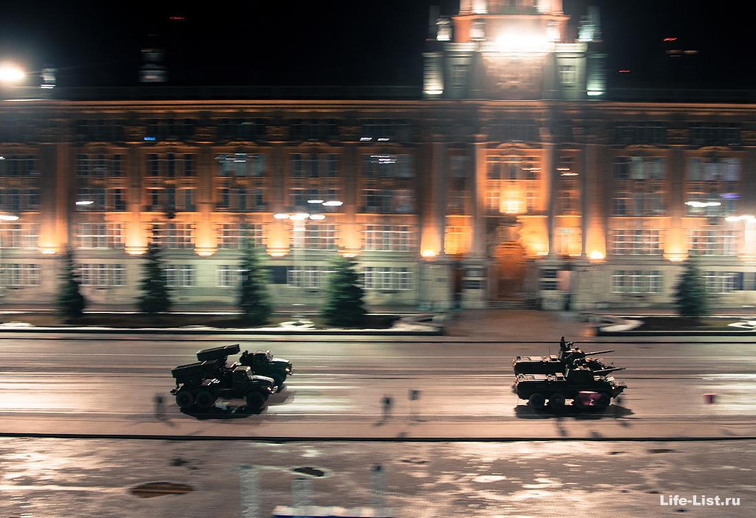 Ночной военный парад с высоты фотограф Виталий Караван