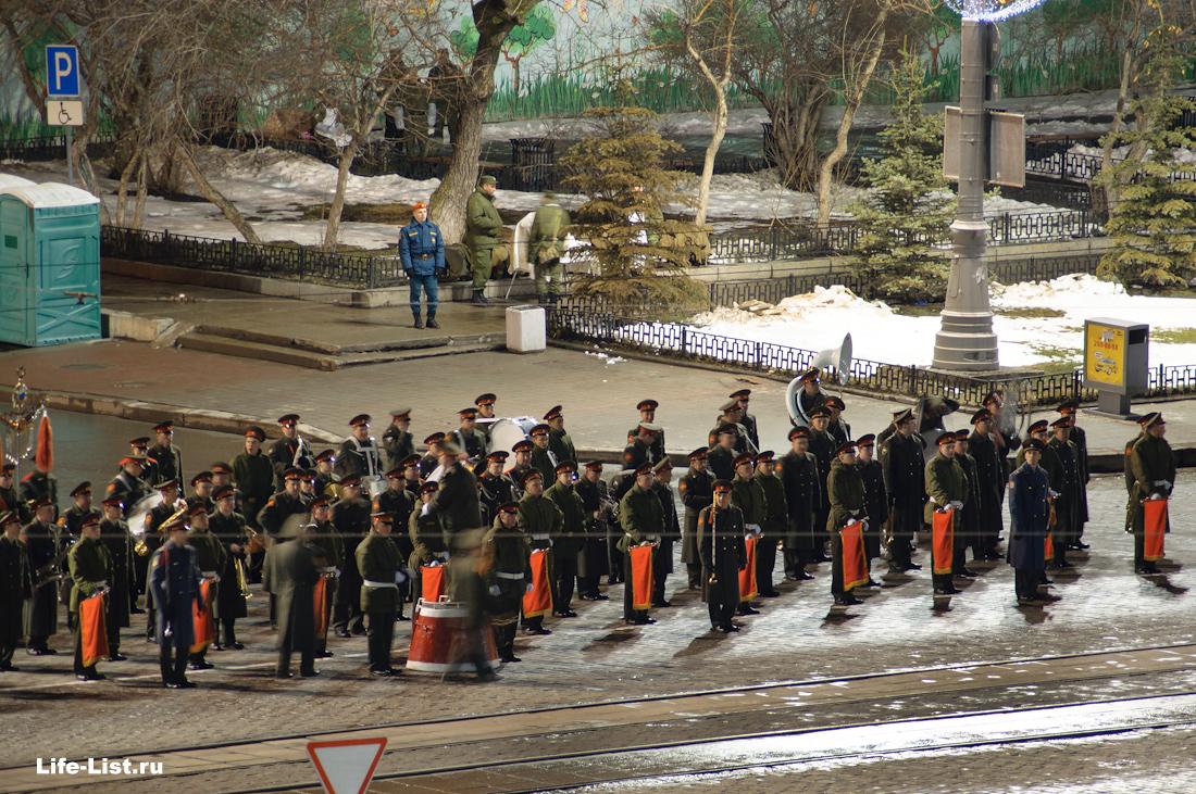 ночная тренировка военного парада к 9 мая