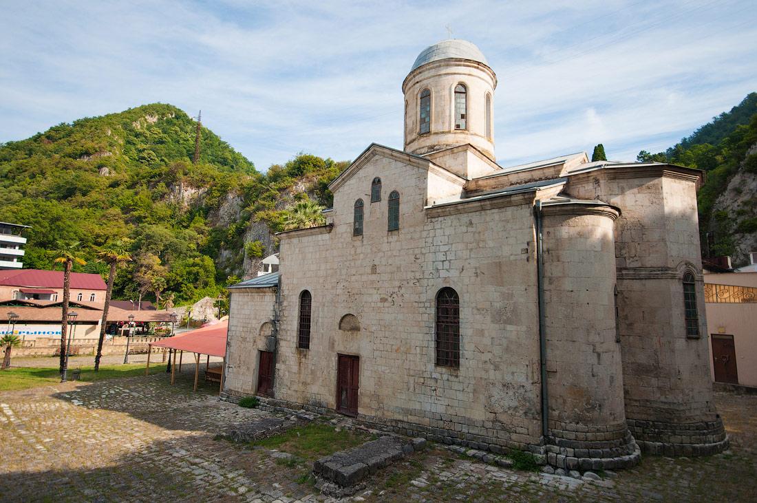 храм святого апостола Симона Канонита Новый Афон