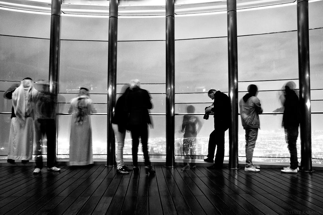 Фото Виталий Караван Бурдж Халифа 148 этаж