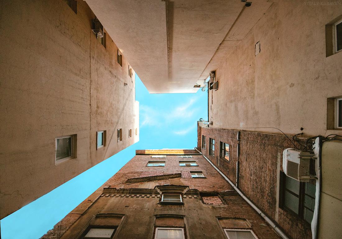 Дом колодец Екатеринбург фото Виталий Караван