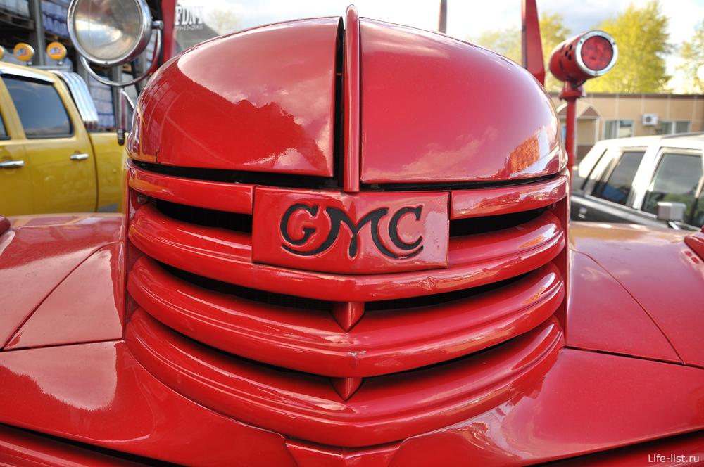 Выставка ретро авто в Екатеринбурге