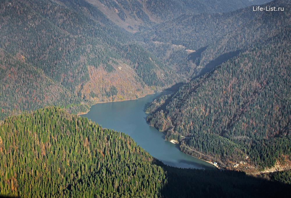 озеро Ритца с высоты горы Пшегишхва фото Виталий Караван