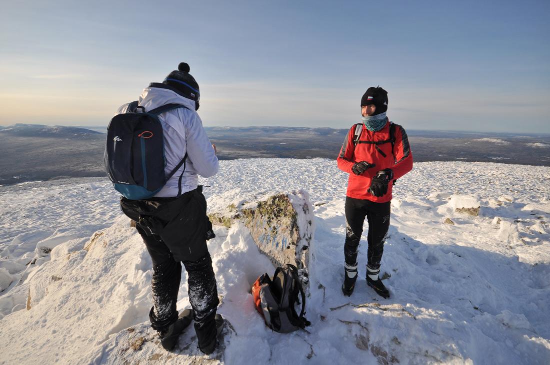 На вершине Зигальга гора Большой Шелом Южный Урал