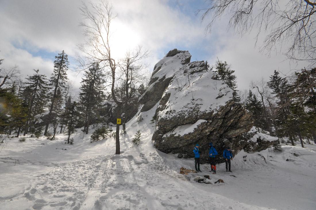 Скалы горы Шунут Коноваловский хребет средний урал