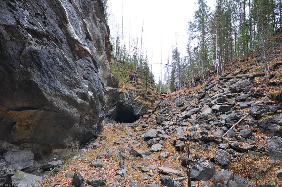 экскурсионная тропа Люди слюдяной горы Пещера в горе