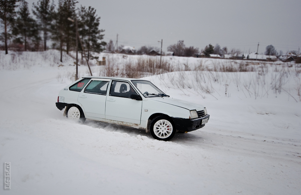 девятка на зимнем спринте в Березовском заезд на время