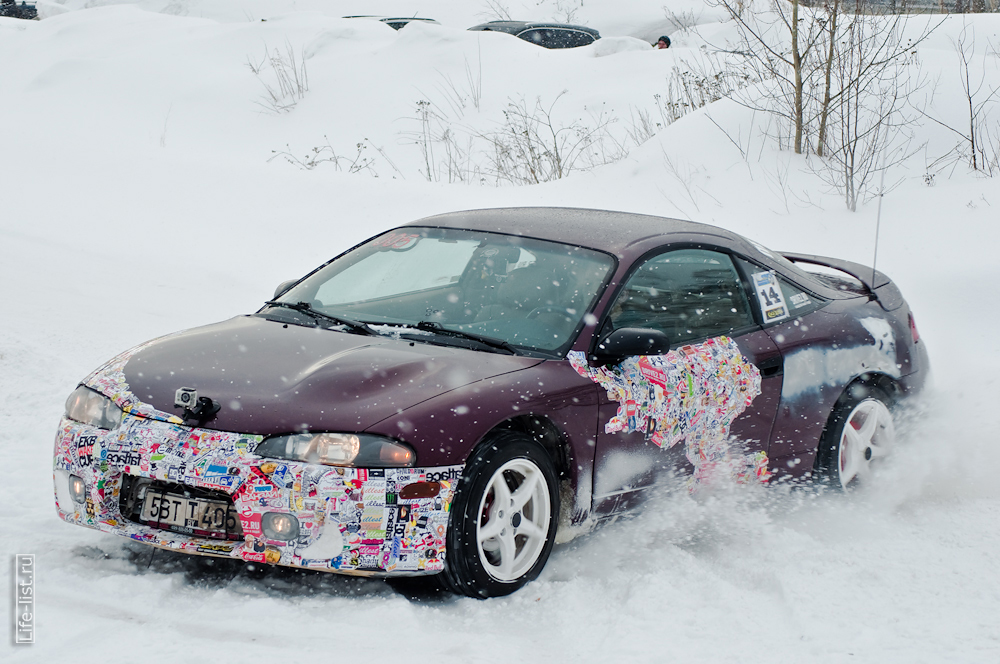 любители зимнего экстрима на автомобилях Березовский
