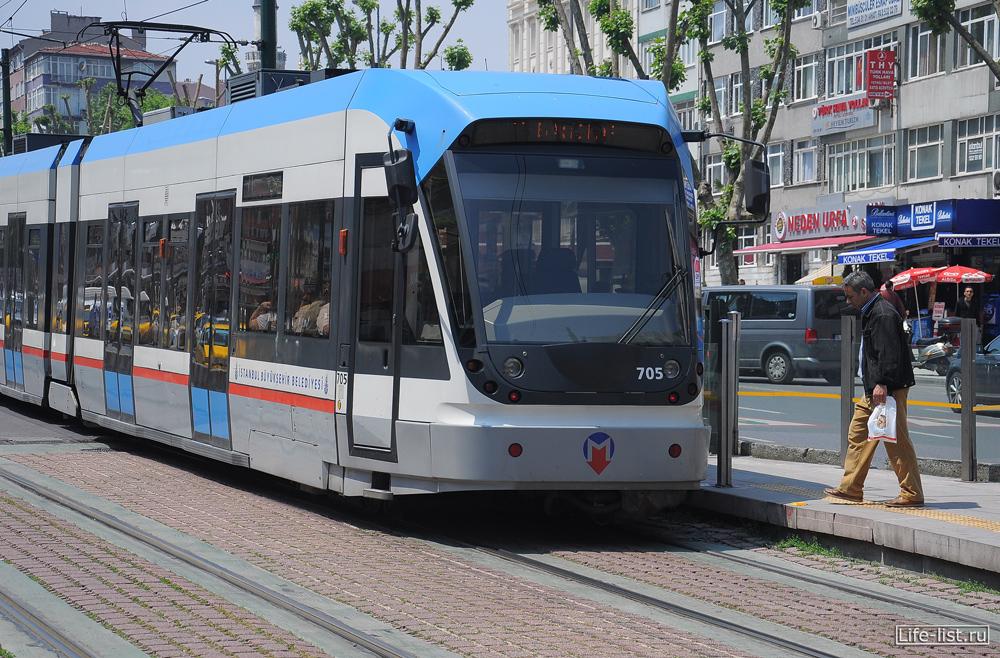 трамвай в стамбуле фото