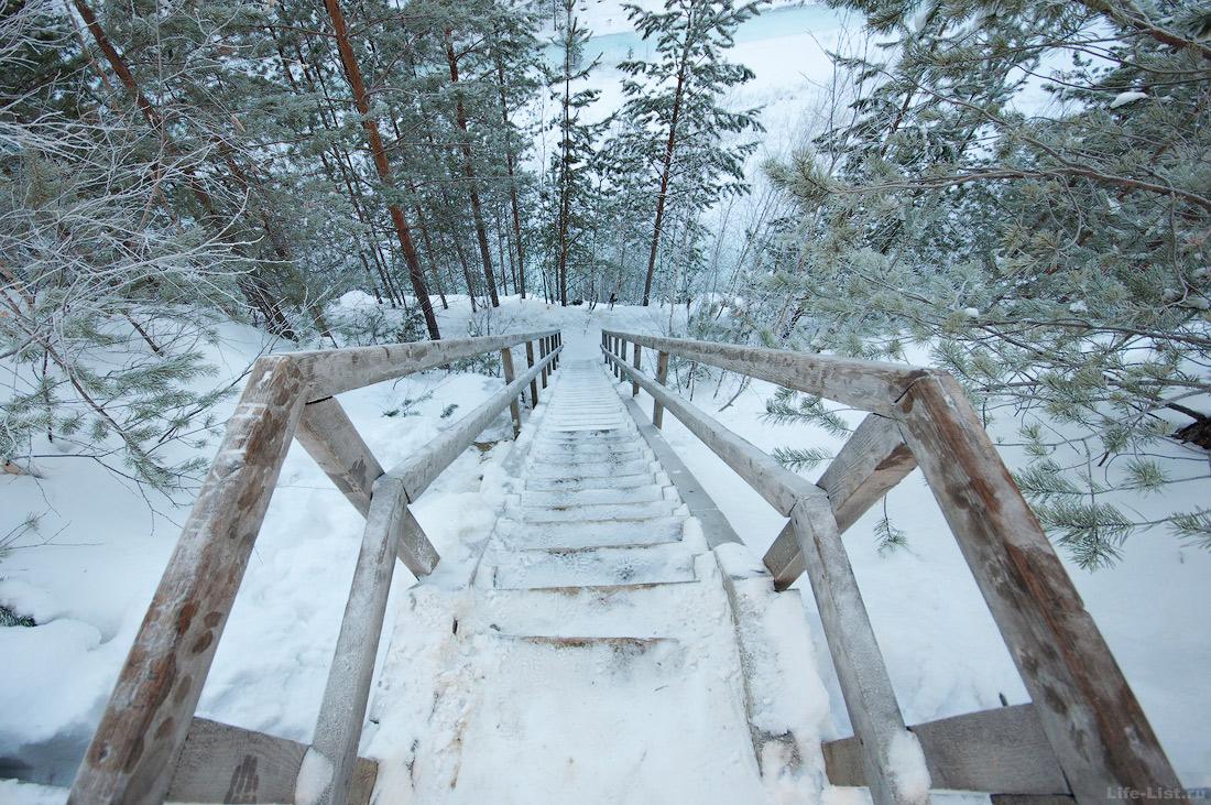 Лестница деревянная на карьер Старая линза
