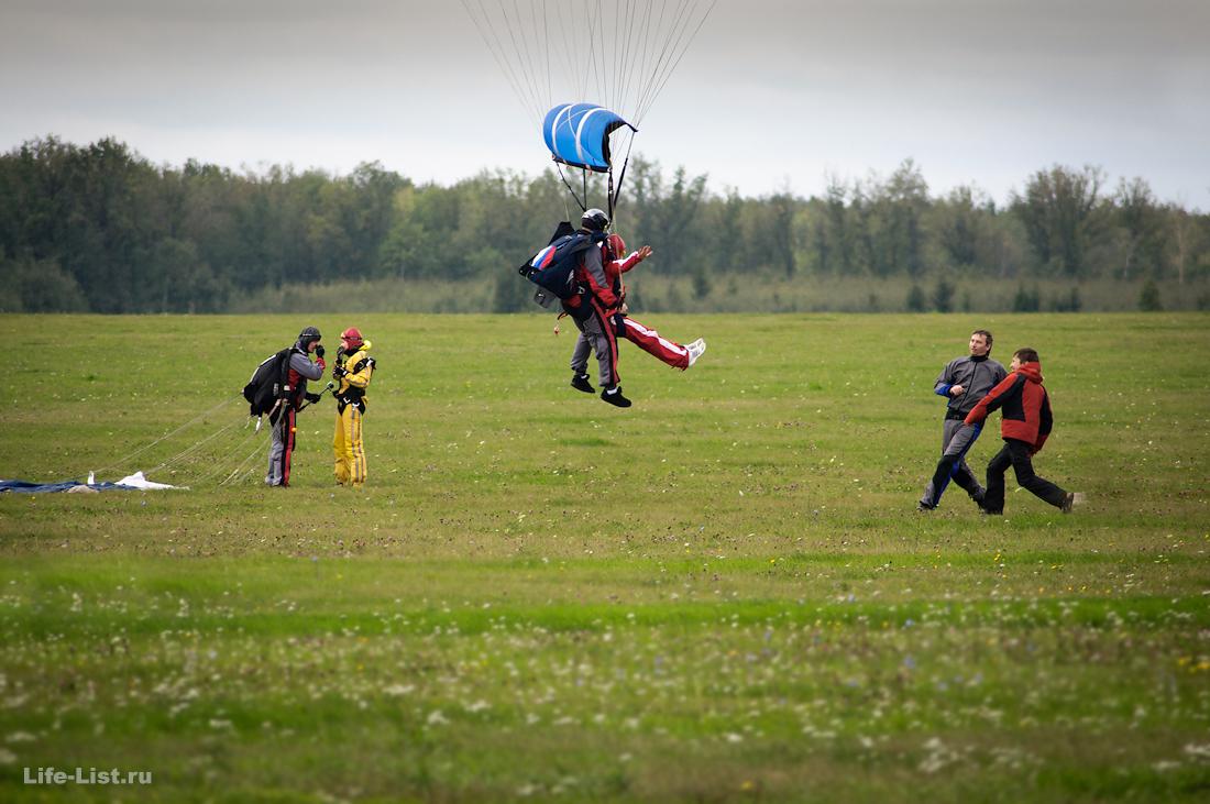 Моменты из жизни парашютистов дропзона Мензелинск