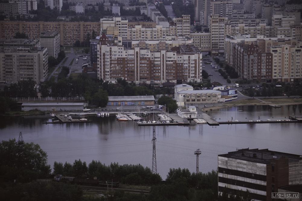 визовский пруд пристань улица Кирова с высоты Екатеринбург