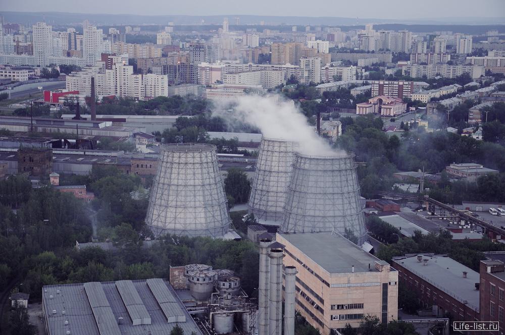 градирни урал визовского завода в Екатеринбурге