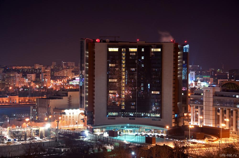 Ночной Екатеринбург. Отель Хаятт