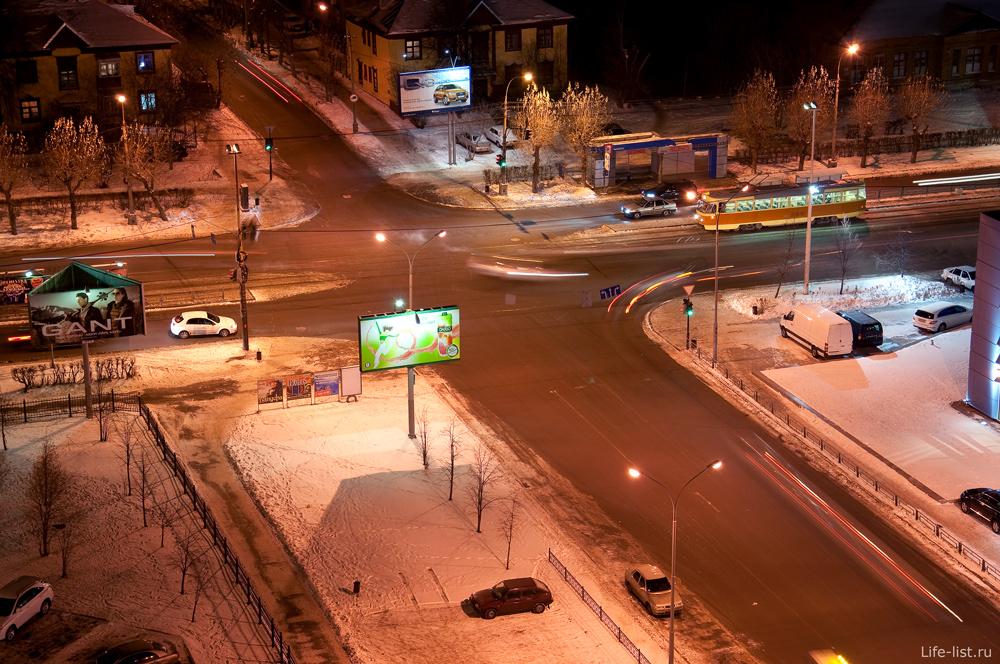 Перекресток Жукова Челюскинцев Екатеринбург