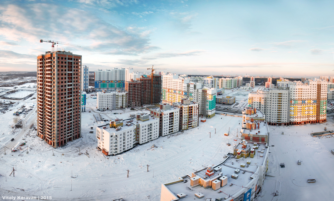Первый квартал района Академический Екатеринбурга фото Виталий Караван