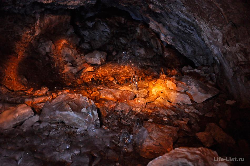 ледяные наросты в аракаевской пещере фото Виталий Караван