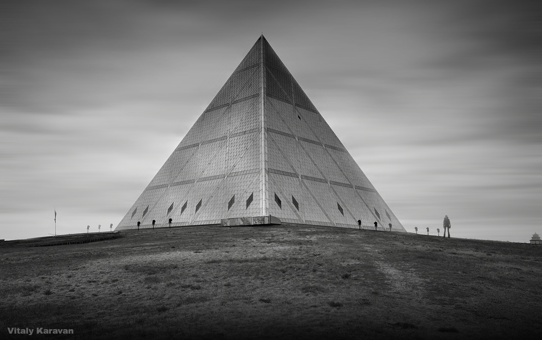 Пирамида Астана Дворец Мира и Согласия  Фотограф Виталий Караван