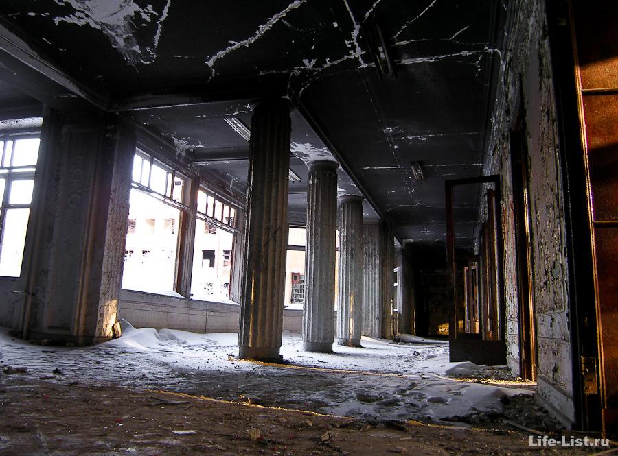 Заброшенная больница скорой помощи в Екатеринбурге