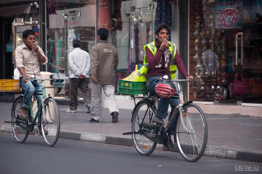 велосипедисты в дубае