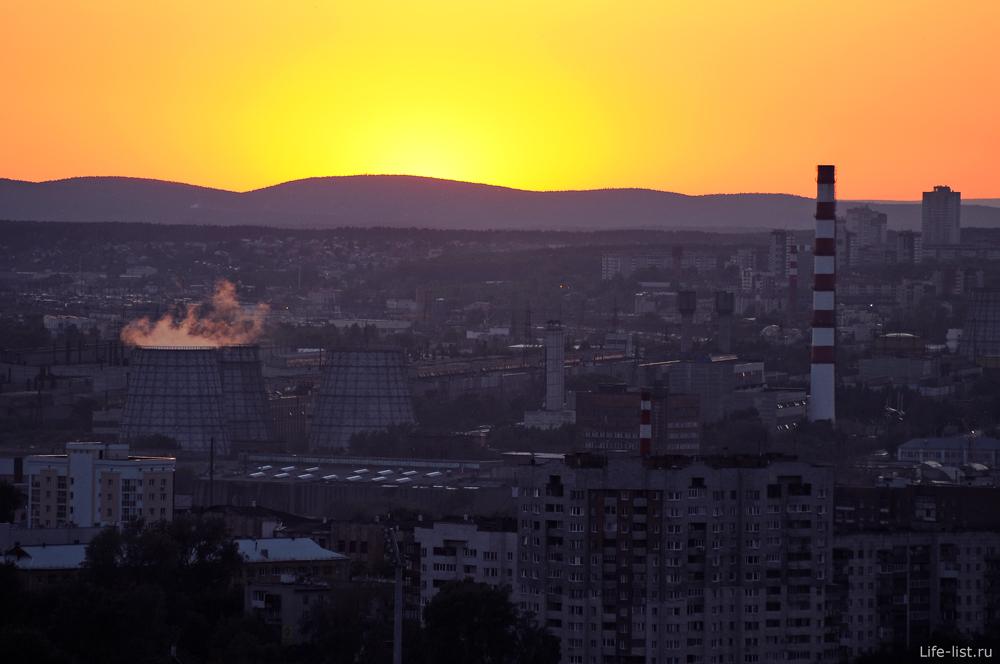 завод ВИЗ с высоты закат екатеринбург
