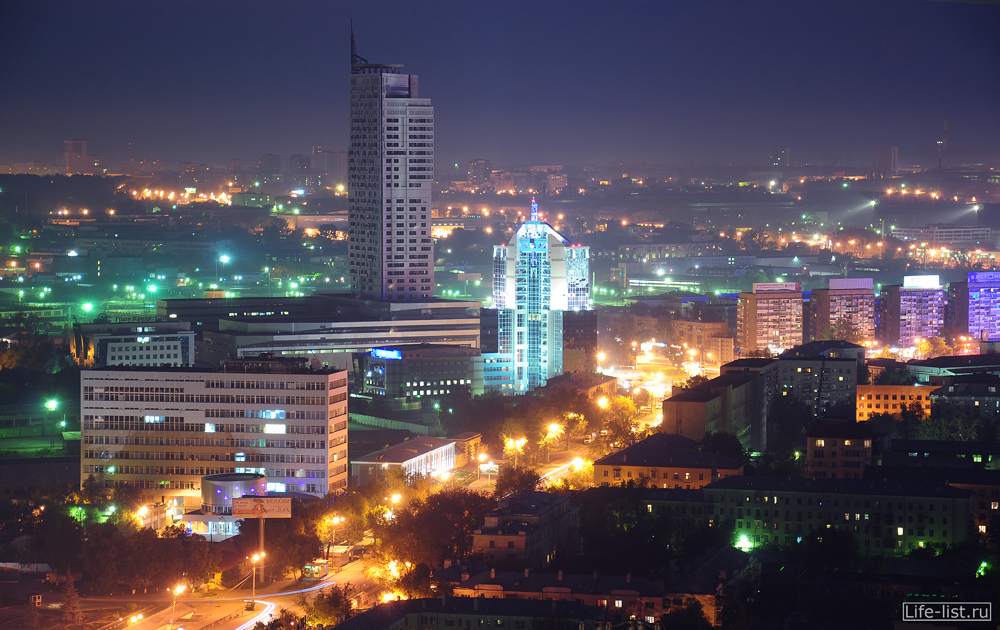 Призма челюскинцев Екатеринбург
