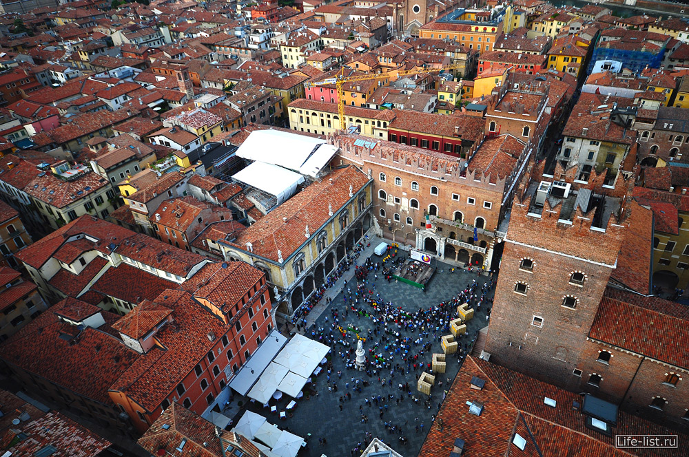 Верона вид с колокольни на город Италия Фото Виталий Караван