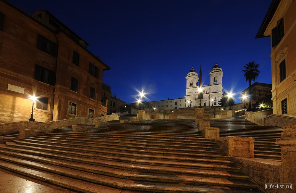 Испанская лестница Италия Рим ночное фото Виталия Каравана