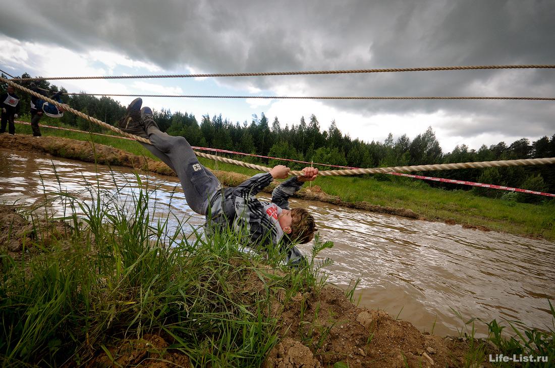водный этап на Гонке Героев 2015 фото Виталий Караван