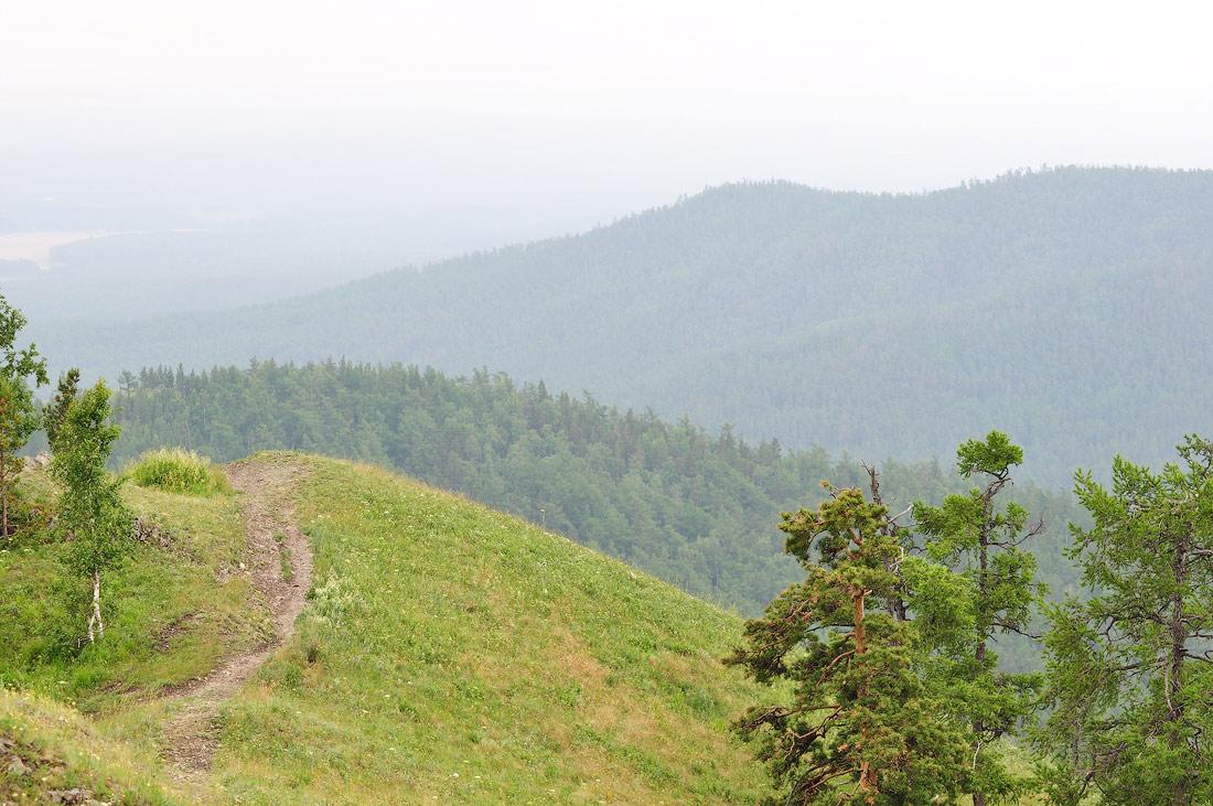 тропа по пути на гору Егоза